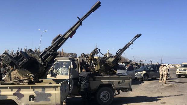 Vormarsch auf Tripolis: Eskaliert die Lage in Libyen?